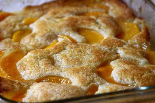 Peach Cobbler (photo by hzaida)
